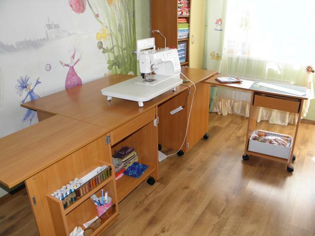 Стол для швейного дела Белошвейка